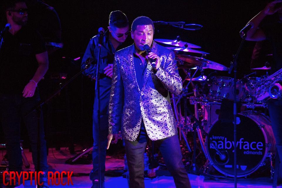Babyface-live-at-nycb-theatre-at-westbury-2-7-19 (5)
