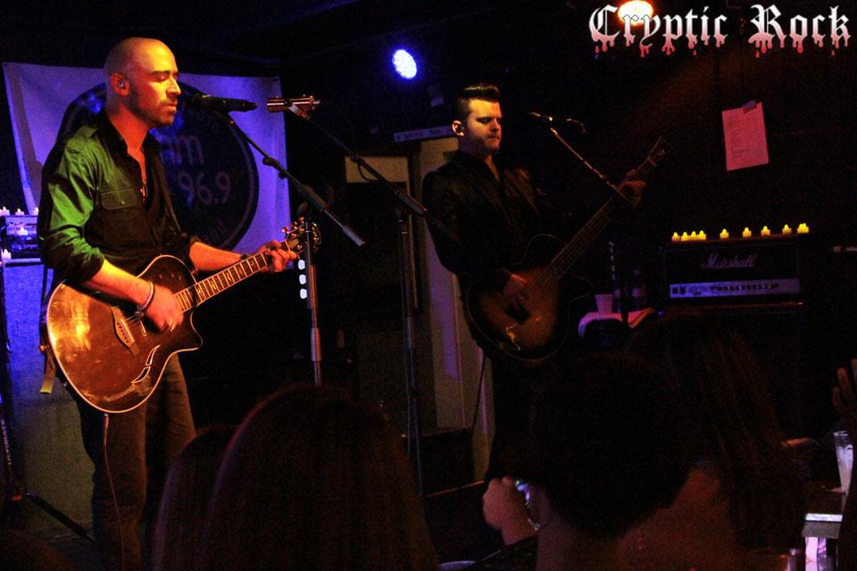 Ed Kowalczyk shines at The Stephen Talkhouse in Amagansett