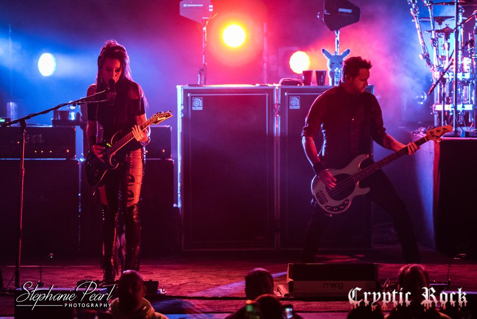 Evanescence Bring Life To The Paramount Huntington Ny 11