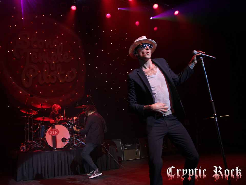 Stone Temple Pilots Magical At The Fillmore Detroit, MI 9-16-15 w ...