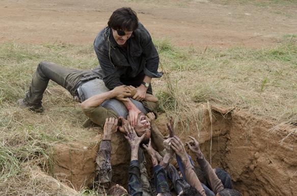 The Governor (David Morrissey) and Martinez (Jose Pablo Cantillo) - The Walking Dead _ Season 4, Episode 7 - Photo Credit: Gene Page/AMC