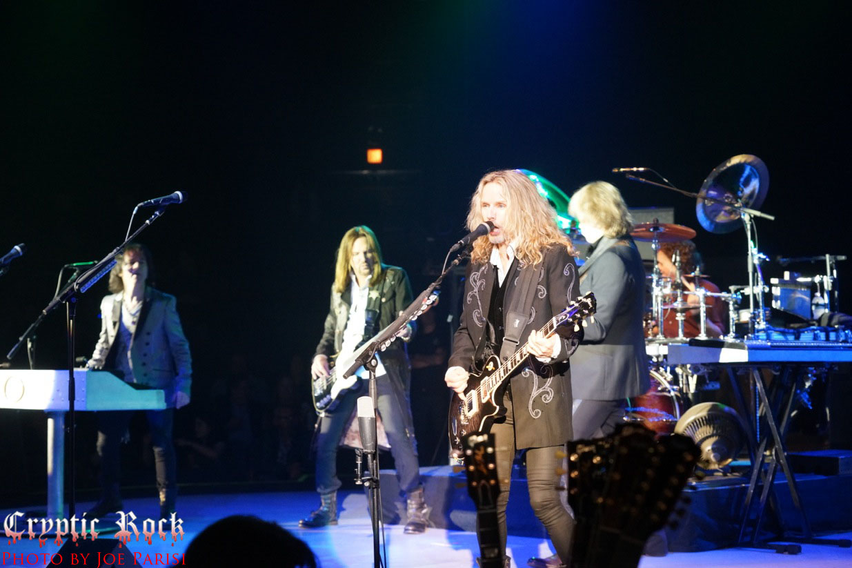 DSC07978.jpeg - Styx complete successful 2 night stand at NYCB Theatre at Westbury 11-16-13 (Exclusive Coverage)