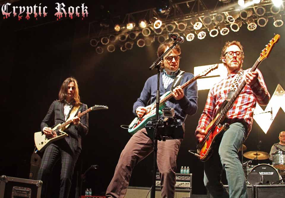 Weezer 130web - Weezer sold out performance at The Paramount Huntington, NY 11-24-13