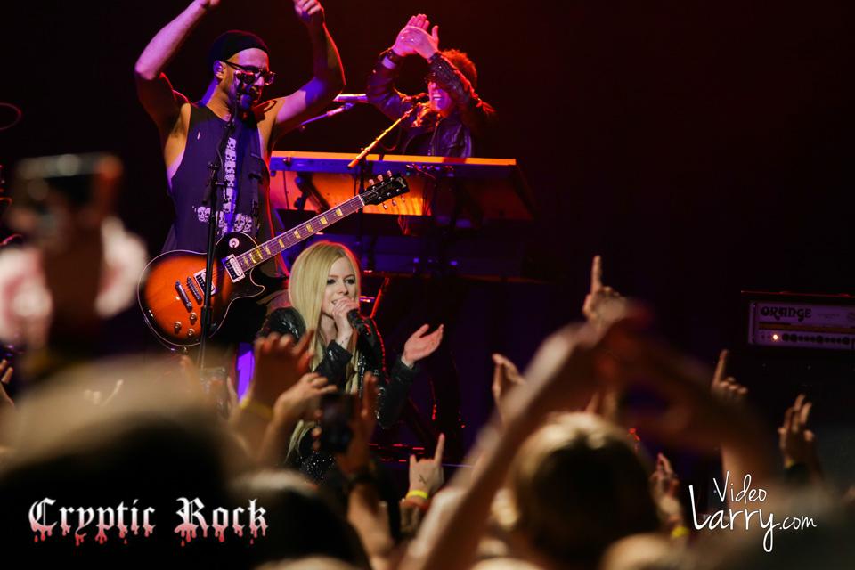 Avril Lavine 51 - Avril Lavigne Live At The Parmount Huntington, NY 12-11-13