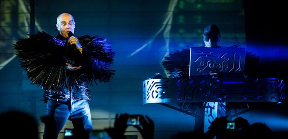 pet shop slide - Pet Shop Boys Electric in New York City 4-26-14