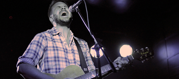 howie slide edited 3 - Howie Day brings magical sounds to Amityville Music Hall Amityville, NY 6-12-14