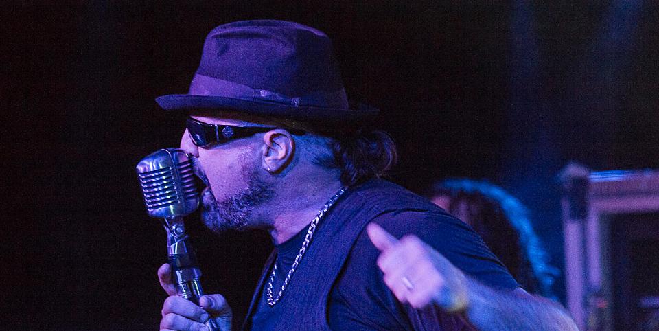 i Lr8cJ2q - Adrenaline Mob Light Up Revolution Music Hall Amityville, NY 6-6-14