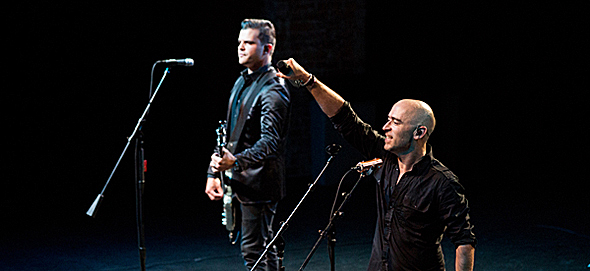 "ed slide edited 1 - Ed Kowalczyk celebrates ""Throwing Copper"" The Paramount, NY 8-2-14"