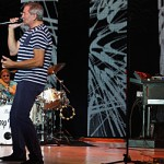 Deep Purple groove at NYCB Theatre at Westbury, NY 8-26-14