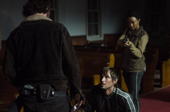 Andrew Lincoln as Rick Grimes, Andrew J. West as Gareth, Sonequa Martin-Green as Sasha - The Walking Dead _ Season 5, Episode 3 - Photo Credit: Gene Page/AMC