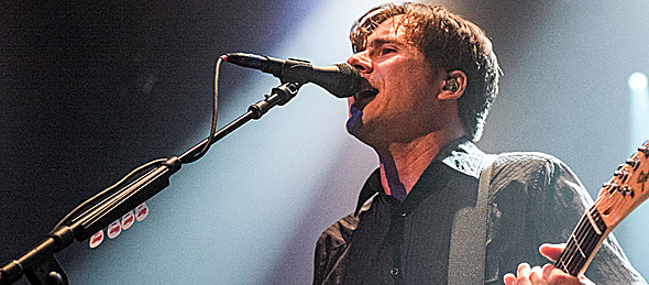 JIMMY EAT WORLD 112 Edit slide - Jimmy Eat World melts hearts The Space at Westbury, NY 10-20-14