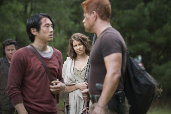 Steven Yeun as Glenn Rhee, Lauren Cohan as Maggie Greene and  Michael Cudlitz as Abraham  - The Walking Dead _ Season 5, Episode 5 - Photo Credit: Gene Page/AMC