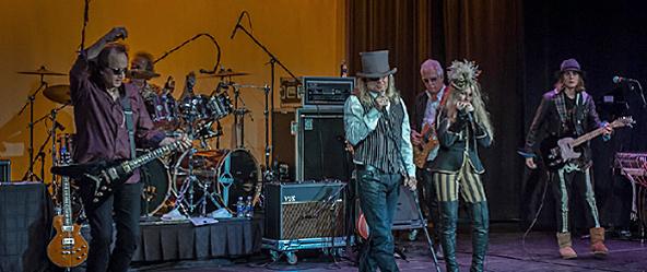 robin zander band 0059cr - Robin Zander Band rock The Boulton Center Bay Shore, NY 2-6-15