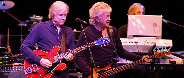 moody slide - The Moody Blues fantastic musical journey NYCB Theatre at Westbury, NY 3-27-15