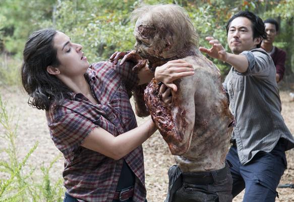 Alanna Masterson as Tara Chambler and Steven Yeun as Glenn Rhee - The Walking Dead _ Season 5, Episode 12 - Photo Credit: Gene Page/AMC
