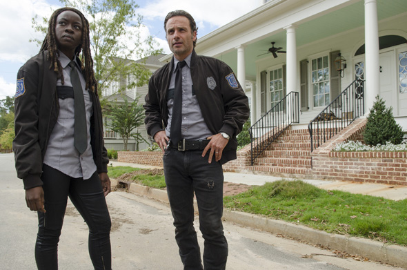 Danai Gurira as Michonne and Andrew Lincoln as Rick Grimes - The Walking Dead _ Season 5, Episode 13 - Photo Credit: Gene Page/AMC