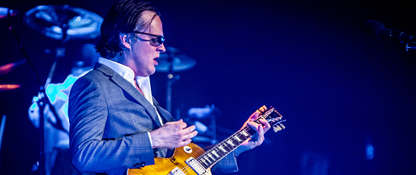 dsc3029 - Joe Bonamassa brings the Blues to Phoenix, AZ 4-30-15