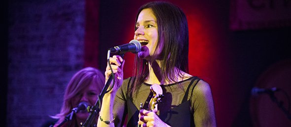 mary slide - 10,000 Maniacs enchanting evening at City Winery, NYC 5-22-15