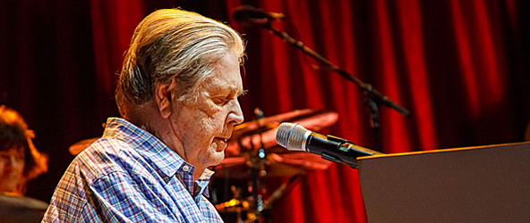 brian wilson 197 for site edit - Brian Wilson Sensational at Jones Beach, NY 6-30-15 w/ Rodriguez