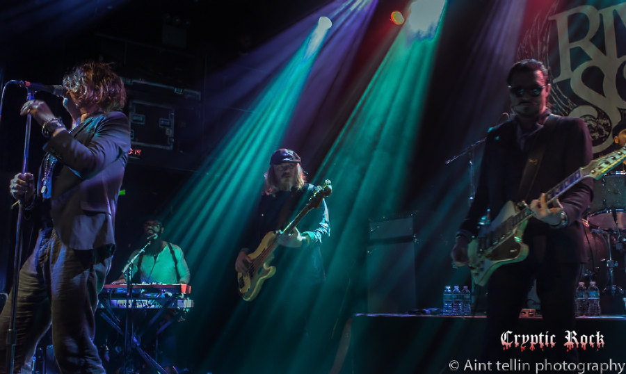 rival-sons-irving-may-2015_0205cr