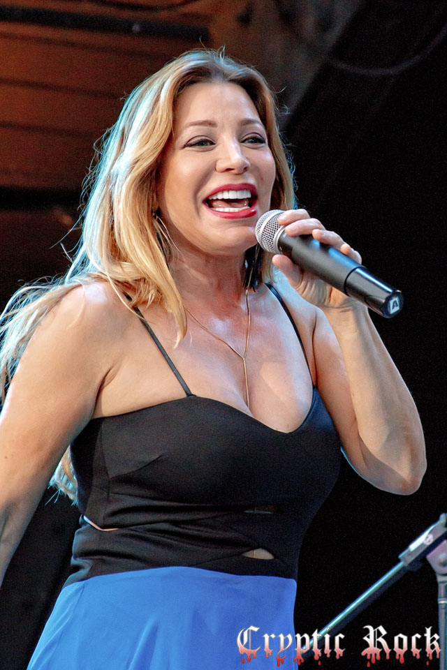 2015 07 18  6 Edit - Taylor Dayne Lights Up Eisenhower Park East Meadow, NY 7-18-15 w/ Alisha
