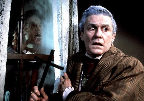 Fright Night vampire killer - Fright Night A Decade Defining Horror Film 30 Years Later