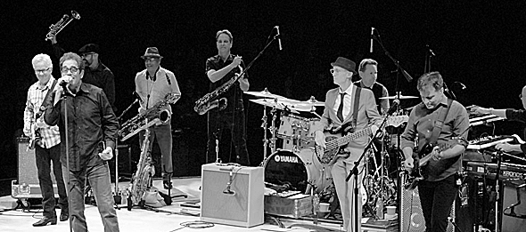 huey new slide1 - Huey Lewis and the News Electrify NYCB Theatre at Westbury, NY 10-22-15