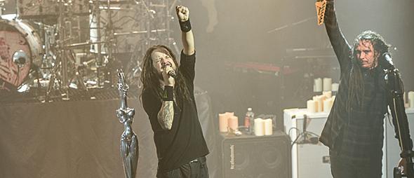 korn slide - Korn Make History in NYC 10-5-15 w/ Suicide Silence & Islander