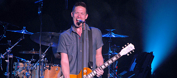 lang for slide - Jonny Lang Uplifts Westhampton Beach Performing Arts Center West Hampton Beach, NY 10-3-15