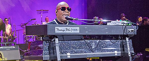 stevie for slide - Stevie Wonder Legendary At XL Center Hartford, CT 10-11-15