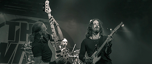 winery dogs slide - The Winery Dogs Rock Playstation Theater NYC 10-10-15 w/ Kicking Harold