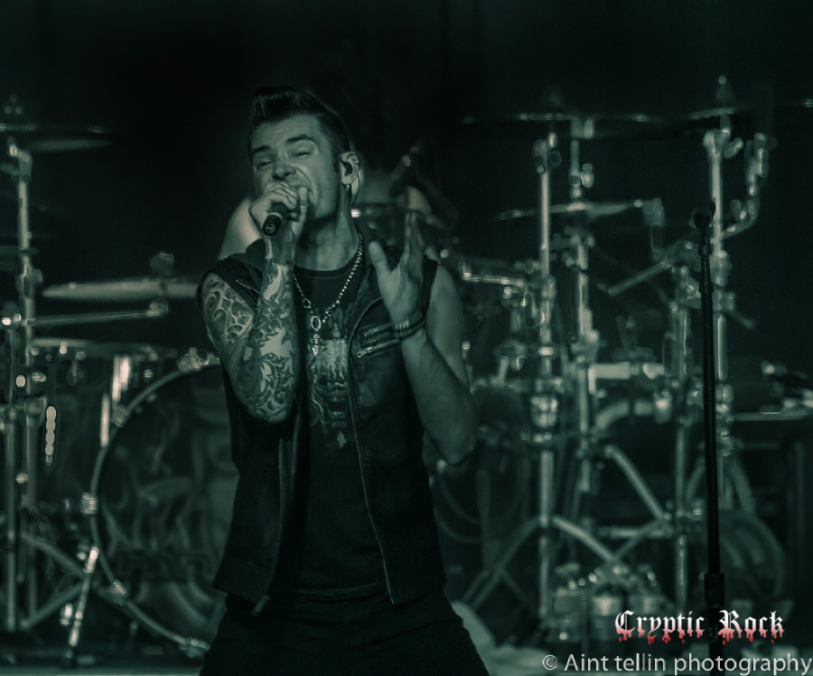 Hinder live at The Emporium Patchogue, NY 7-11-15