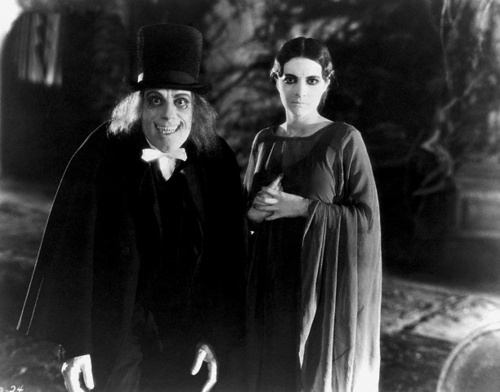 Still from London After Midnight