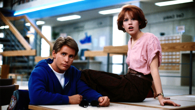 THE BREAKFAST CLUB,  Emilio Estevez, Molly Ringwald,1985. ©Universal Pictures/Courtesy Everett Collection