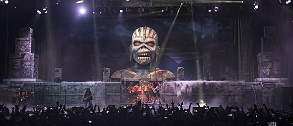 Iron Maiden Make History At Madison Square Garden, NYC 3 30 16