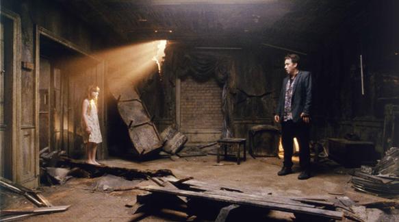 1408 2 - This Week in Horror Movie History - 1408 (2007)