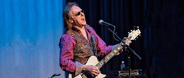 denny laine slide - Denny Laine Brings 40 Years Of Wings To Boulton Center Bay Shore, NY 1-29-17