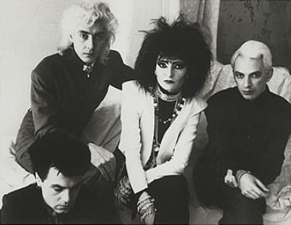 Siouxsie++The+Banshees+Through+The+Looking+Glass-387577