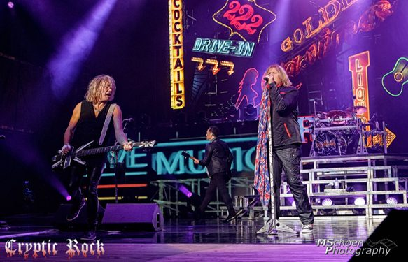 Def Leppard live at Nikon at Jones Beach Theater Wantagh, NY 7-23-15