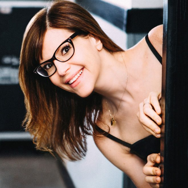 lisa promo - Lisa Loeb - Lullaby Girl (Album Review)