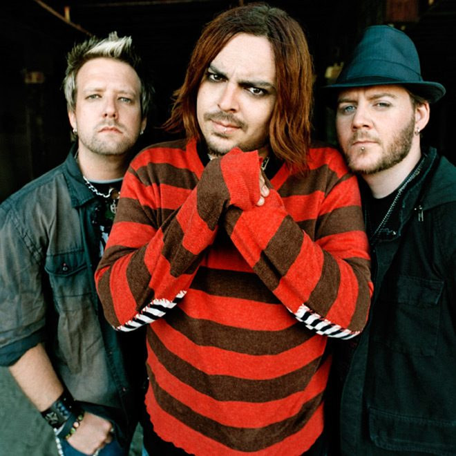 see - Seether - Finding Beauty in Negative Spaces 10 Years Later