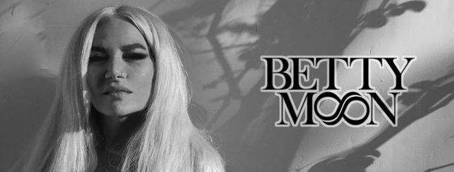 betty slide - Interview - Betty Moon