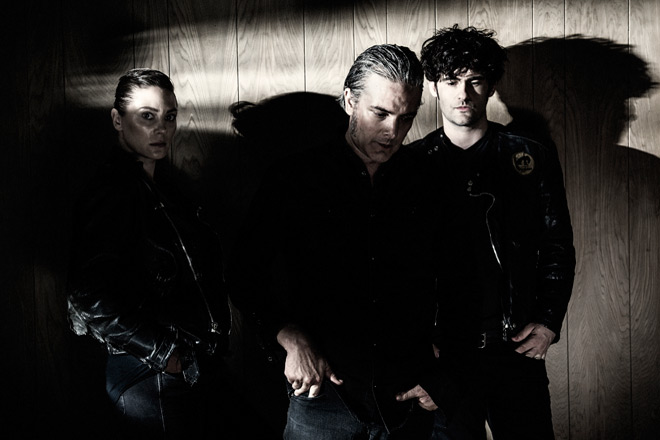 black promo - Black Rebel Motorcycle Club - Wrong Creatures (Album Review)