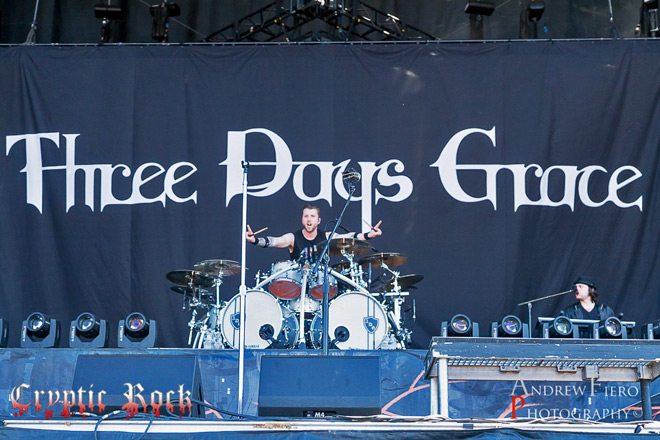 three live - Interview - Neil Sanderson of Three Days Grace Talks Outsider