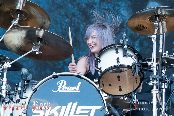 Skillet 5 7 17 7 of 20 - Interview - Jen Ledger of Skillet