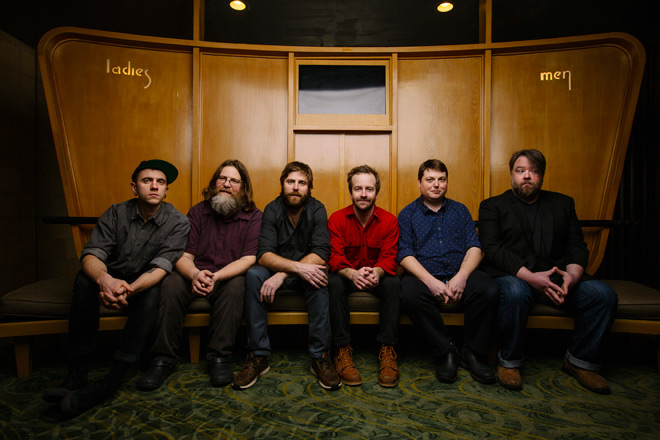 TrampledByTurtles PhotoCred David McClister 2 360 - Trampled by Turtles - Life is Good on the Open Road (Album Review)