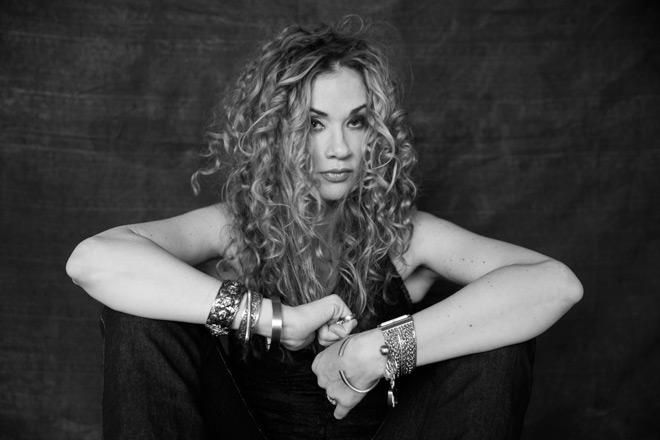dana - Dana Fuchs - Love Lives On (Album Review)