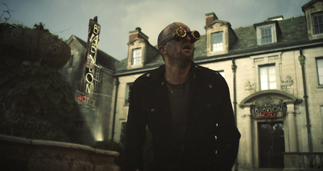 Hotel Babylon - 7 Splinters in Time (Movie Review)