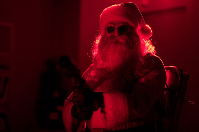 silent night santa - The Anatomy of a Remake: Silent Night, Deadly Night