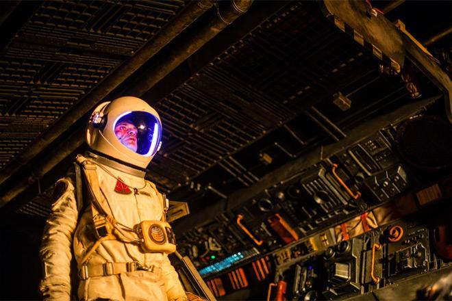 solis steven space - Solis (Movie Review)